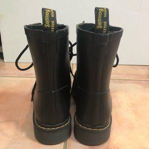 Martens Airwair Shoes Rain Boot Dr Drench Poshmark Dr Black BdSngwqC